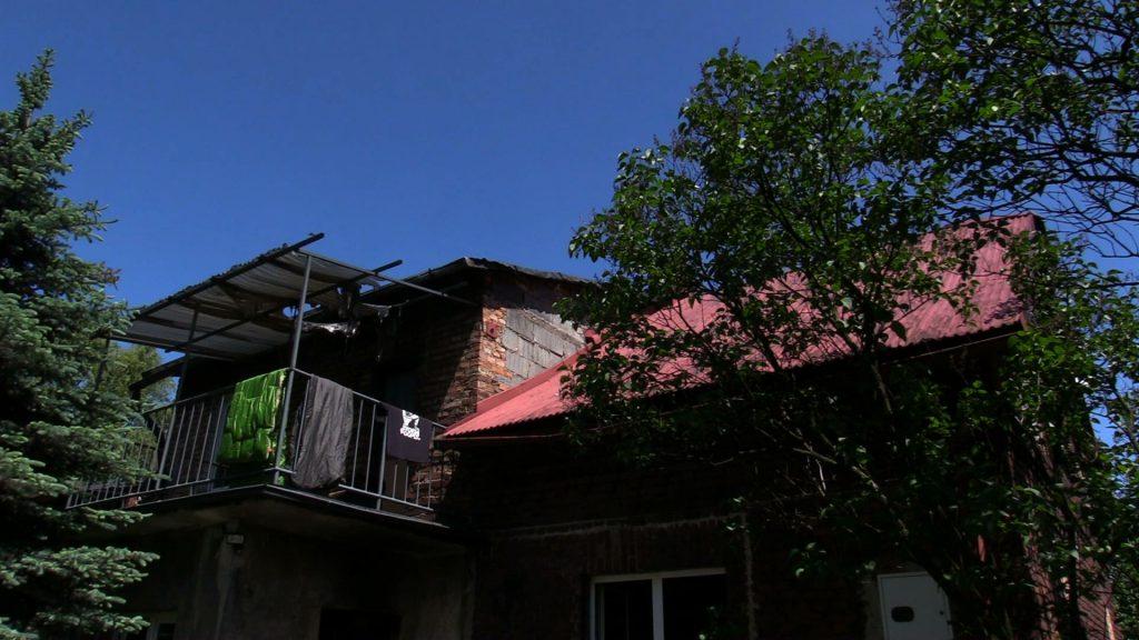 Jego dom spłonął w ciągu kilku chwil. Teraz panu Krzysztofowi w jego odbudowie próbują pomóc przyjaciele z Rybnika. Potrzebne są nie tylko pieniądze
