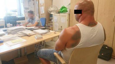 """Udało im się 250 razy. Tym razem wpadli. """"Kark"""" i jego 24-letnia partnerka zatrzymani (fot.policja.pl)"""