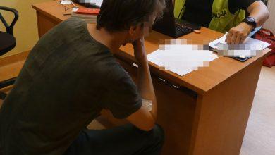 Zmuszał znajomą do prostytucji i czerpał z tego korzyści majątkowe. 34-latek zatrzymany (fot. Policja Opolska)