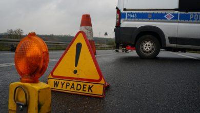 Wypadek na DK1 w Kobiórze. Lądował śmigłowiec LRP (fot.KPP Pszczyna)