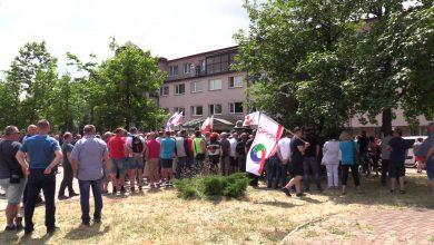 Co dzieje się w Hucie Częstochowa? Dziś odbyła się pikieta pracowników [WIDEO] (fot.mat.TVS)