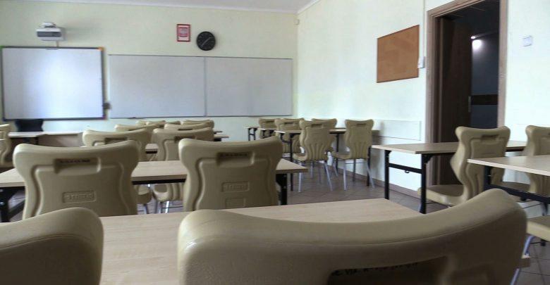 Śląskie: Szkoły we wrześniu pękną w szwach? Wkrótce wyniki podwójnej rekrutacji