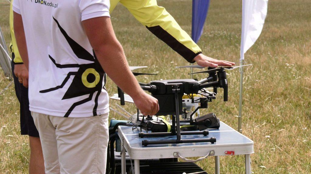 Wielkie testowanie dronów w Gliwicach. Sprawdzano, jak groźne mogą być w powietrzu