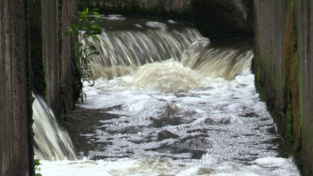 Kolejne podwyżki cen wody i ścieków, tym razem w Mysłowicach. Od 25 lipca mieszkańcy zapłacą o 1,15 zł netto więcej za wodę i 1,32 zł netto więcej za ścieki