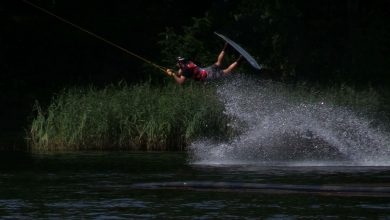 Ależ oni latają nad wodą! W Sosnowcu ruszyły Mistrzostwa Europy i Afryki w Wakeboardzie