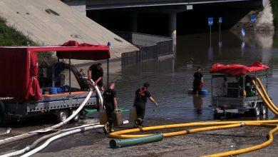 Katowice: Straż pożarna wciąż walczy z zalaniami po burzy. Synoptycy straszą następną!