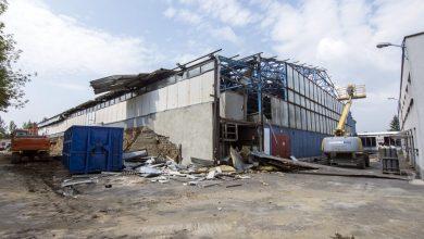 Wielka rozbiórka w Bytomiu! Hala lodowiska znika [ZDJĘCIA]
