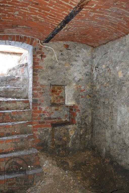 Podczas prac remontowo-budowlanych na terenie tak zwanego starego Opoczna natrafiono na bardzo nietypowe znalezisko. Jest nim... około 40 kilogramów słoniny (fot.Muzeum Regionalne w Opocznie)