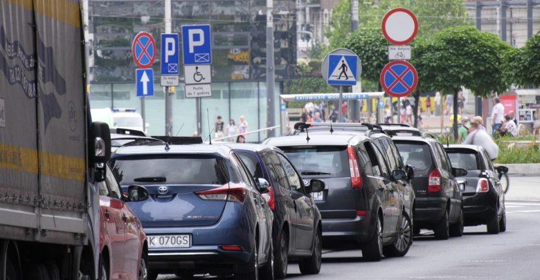 Nawet 3,90 zł za godzinę! Katowice chcą zmian w opłatach za parkowanie!