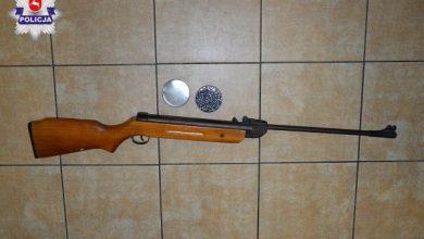 """Postrzelił kolegę podczas zabawy. 10-latek """"oberwał"""" z wiatrówki (fot.Policja Lubelska)"""