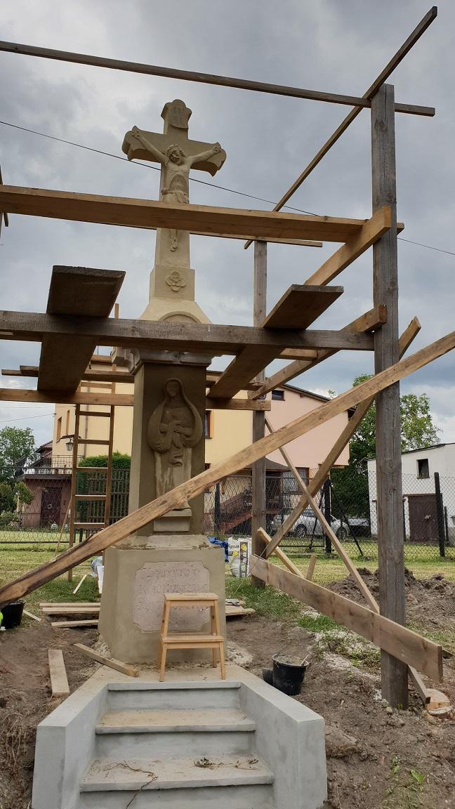 Duża kasa od gminy Pszczyna na remont krzyży i obiektów sakralnych