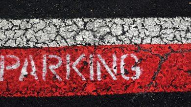 """Katowice: Z darmowego parkingu zrobił swój prywatny i pobierał za niego opłaty. Policja szuka """"parkingowego"""" (fot.poglądowe/www.pixabay.com)"""
