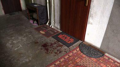 Dziś na klatce schodowej pozostały jeszcze ślady krwi po ataku nożownika. Mieszkańcy są zaskoczeni taką sytuacją, bo jak mówią – ta dzielnica należy raczej do spokojnych