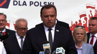PiS prezentuje JEDYNKI w wyborach, a premier Morawiecki obiecuje 300 nowych miejsc pracy w gliwickim Oplu
