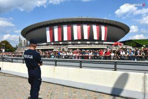W zabezpieczeniu defilady Wierni Polsce w sumie wzięło udział ponad 2200 policjantów (fot.policja)