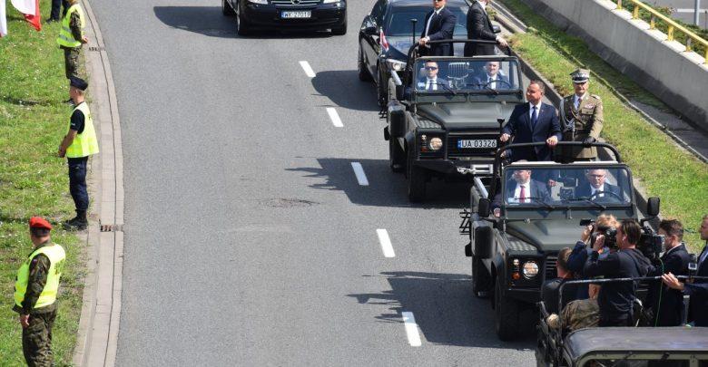Ponad 200 tysięcy osób oglądało w Katowicach na żywo defiladę z okazji Święta Wojska Polskiego i 100 rocznicy Powstań Śląskich (fot.policja.pl)