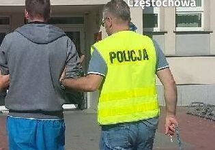 Śląskie: Doprowadził do zderzenia trzech aut i śmierci mężczyzny. Był pod wpływem amfetaminy (fot.KMP Częstochowa)