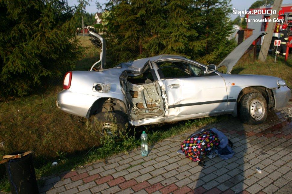 Pijany nastolatek szarżował ulicami Potępy! Kompletnie zmasakrował samochód