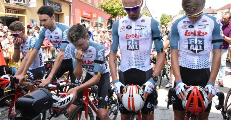 Smutny etap Tour de Pologne. Kolarze uczcili pamięć zmarłego Bjorg Lambrechta (fot.slaskie.pl)