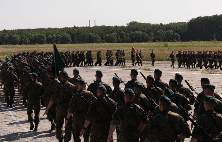 Katowice: Dzisiaj w nocy będzie głośno! Próba wojskowej defilady przy pełnym akompaniamencie!