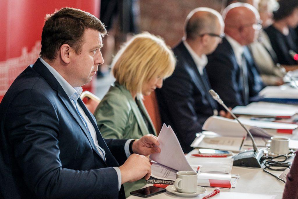 Chorzów może stracić ponad 20 mln zł. Dlatego prezydent miasta postanowił szukać rozwiązań – zorganizował okrągły stół