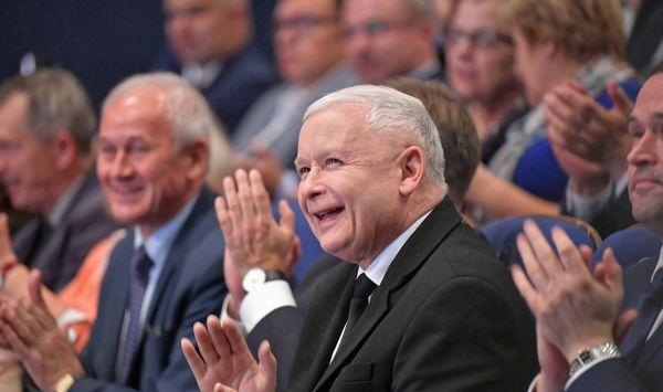 """""""Głos oddany na PiS, to dobry wybór dla Polski"""". Jarosław Kaczyński w Sosnowcu (fot.poglądowe)"""