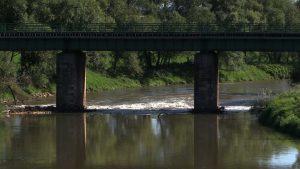 Mieszkańcy Bierunia po ponad 20 latach mają szansę na ochronę przed powodzią. Rozpoczęła się modernizacja i nadbudowa lewostronnego obwałowania Wisły