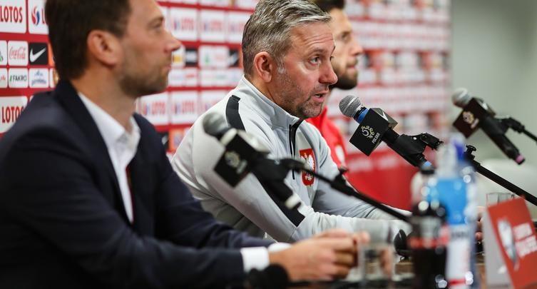 Polska nadal jest liderem grupy, ale Austria ma już do nas tylko 3 oczka straty. A właśnie Austria zmierzy się w poniedziałek, 9 sierpnia na Stadionie Narodowym z Polską (fot.Łączy Nas Piłka)