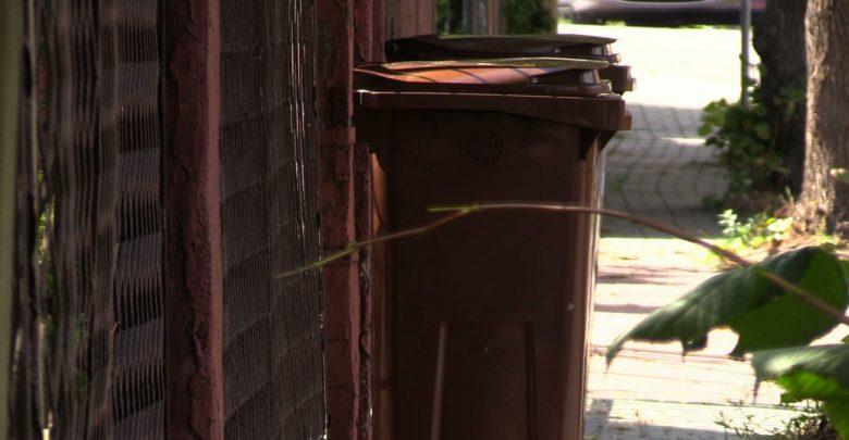Mieszkańcy Jaworzna pytają: Czy kubły na odpady to kubki? Bo są tak małe!