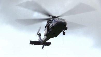 W Porębie odbyło się szkolenie wysokościowe z wykorzystaniem śmigłowca Black Hawk