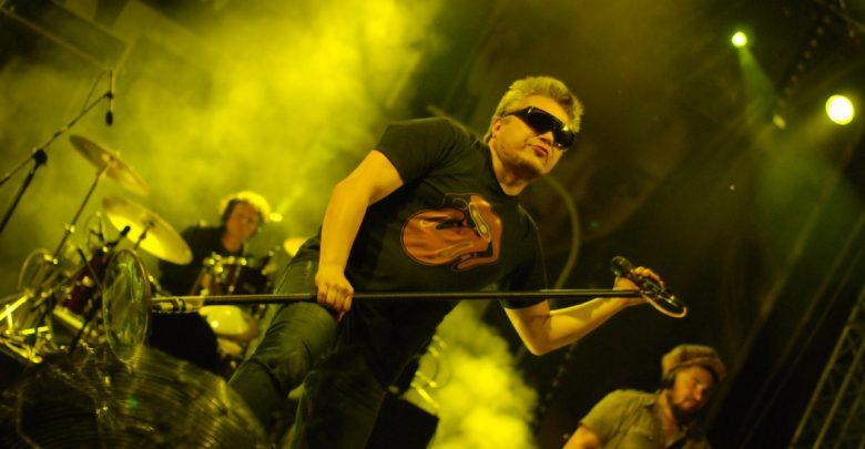 Muniek Staszczyk odwołuje kolejne koncerty