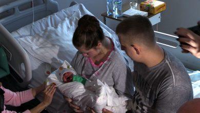 Cud medycyny w Katowicach! Paulina i Pola nareszcie razem. Matka po ciężkim udarze nareszcie zobaczyła swoją córeczkę!