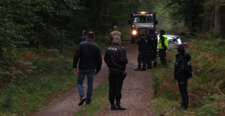 Wybuch w Kuźni Raciborskiej: Zwłoki jednego z saperów już zabrane. Ciało drugiego wciąż na miejscu tragedii