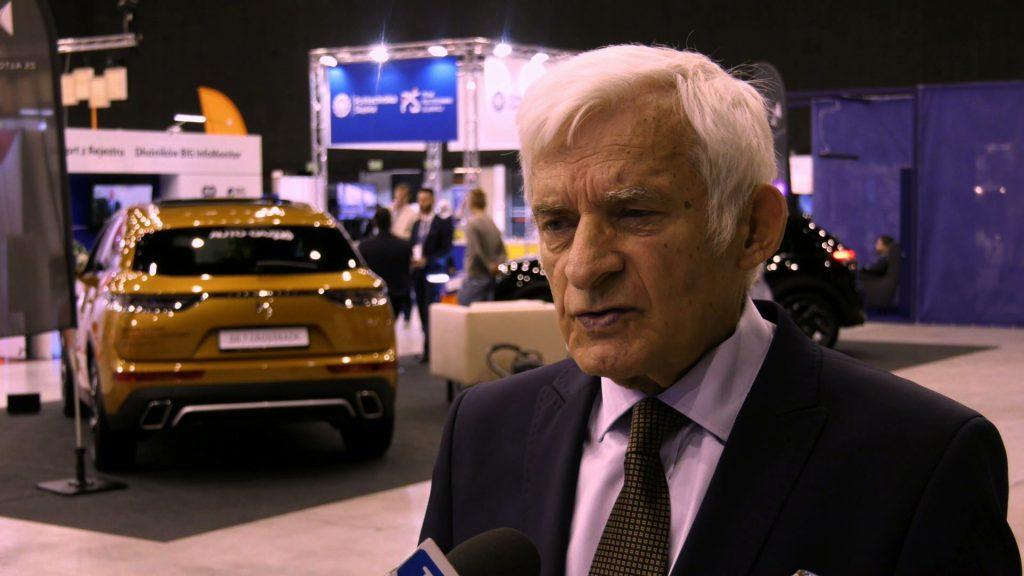 Oni (przedsiębiorcy przyp.red.) muszą również swoje potrzeby wyartykułować i dzięki temu możemy dostatnią Polskę - argumentuje prof. Jerzy Buzek, europoseł, były premier
