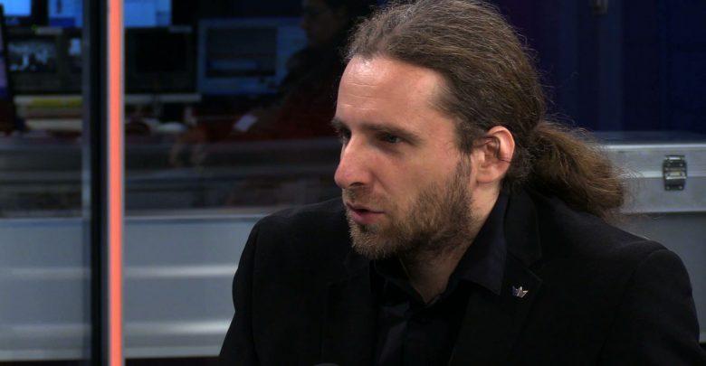 D. Sośnierz: pobierający świadczenia państwowe powinni zrezygnować z prawa głosu