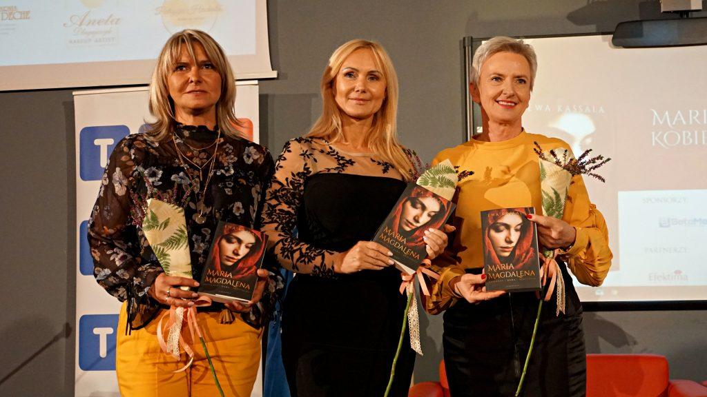"""Wspaniały wieczór i wyjątkowa książka! Premiera """"Maria Magdalena: kobieta taka jak Ty!"""" Ewy Kassali w WST w Katowicach"""