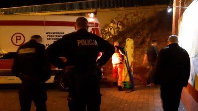 Poszukiwania 12-latki z Ornontowic. Dziewczynka spadła z nasypu przy wiadukcie kolejowym (fot. KPP Mikołów)