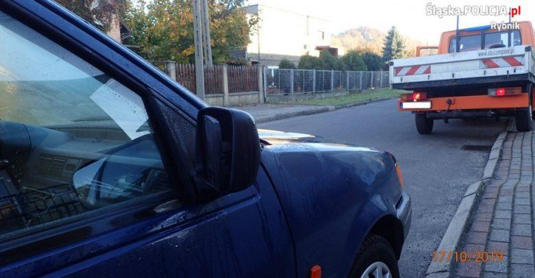 Śląskie: mężczyzna potrącił dwie kobiety idące chodnikiem i uciekł!