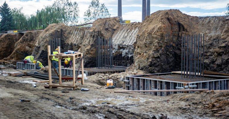 Lodowisko w Bytomiu: rozpoczęły się prace ziemne pod fundamenty nowego obiektu [ZDJĘCIA] (fot. UM Bytom)