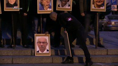 Europosłowie, których portrety zostały powieszone na szubienicach zamierzają zaskarżyć decyzję prokuratury o umorzeniu postępowania – poinformował wiceprzewodniczący Platformy Obywatelskiej Borys Budka