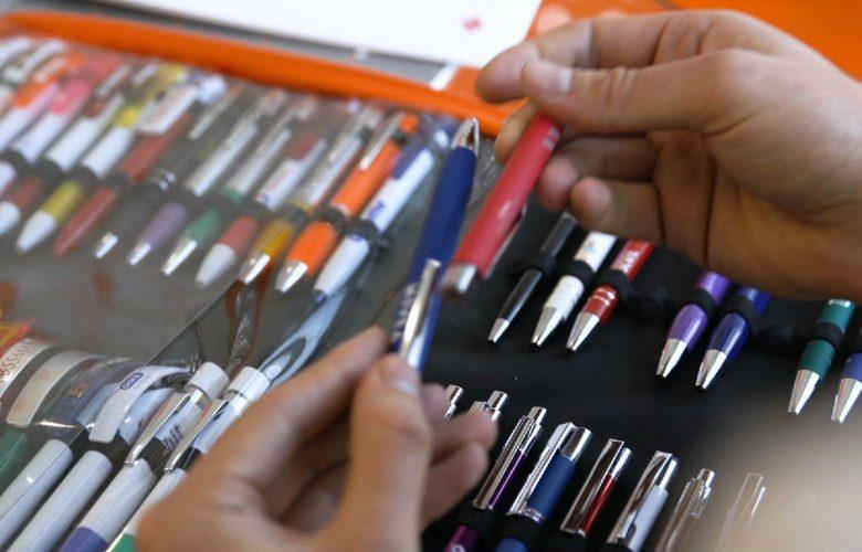 Polskie znaczy dobre! Jak powstają firmowe długopisy? Firma VIVA Plus z Bytomia