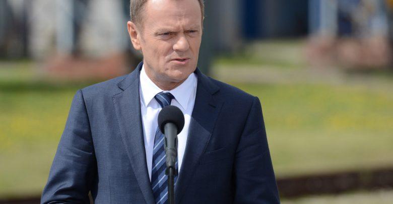 Donald Tusk zaprasza Jarosława Kaczyńskiego na spacer. O co chodzi? [fot. archiwum]