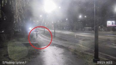 Strzelanina w Sosnowcu! Nieznany i wciąż poszukiwany przez policję mężczyzna ostrzelał przystanek autobusowy przy Egzotarium (fot.facebook Arkadiusz Chęciński)