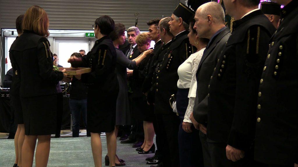 Uroczyście Barbórkę świętowano dziś m. in w spółce Tauron Wydobycie. W uroczystościach udział wziął wicepremier Jacek Sasin i wiceminister Adam Gawęda