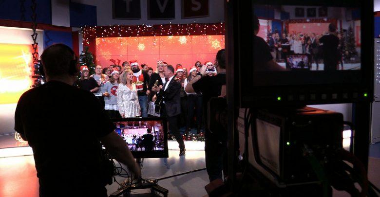 Wszyscy to będą nucić? Telewizja TVS przygotowuje muzyczny hit na święta!