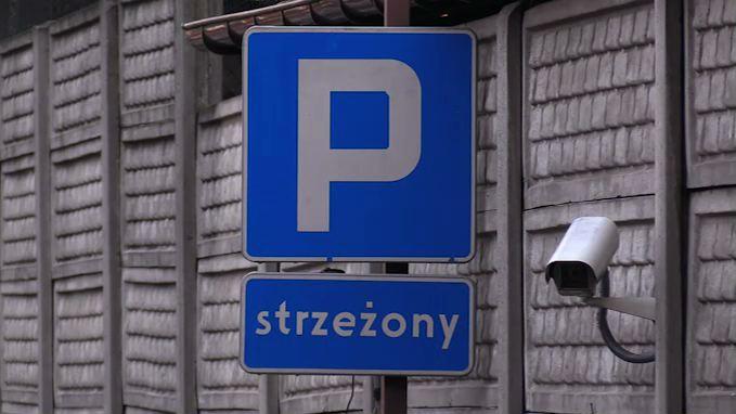 Tajemnicza śmierć ochroniarza na parkingu w Sosnowcu. Co się stało? [WIDEO]