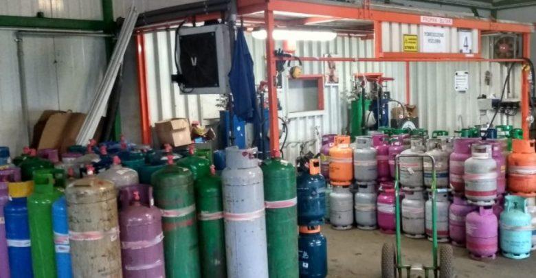Wprowadzali do obrotu gaz grzewczy jako napędowy LPG. 11 osób zatrzymanych. Sprawa dotyczy również woj. śląskiego (fot.CBŚP)