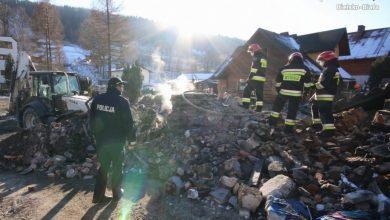 Szczyrk: Na miejsce tragedii wrócili strażacy. W dalszym ciągu przeszukują teren (fot.Śląska Policja)