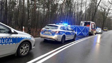 Mikołów: Tragiczny wypadek na Owsianej. Matka prowadzącej osobówkę zginęła na miejscu (fot.Śląska Policja)