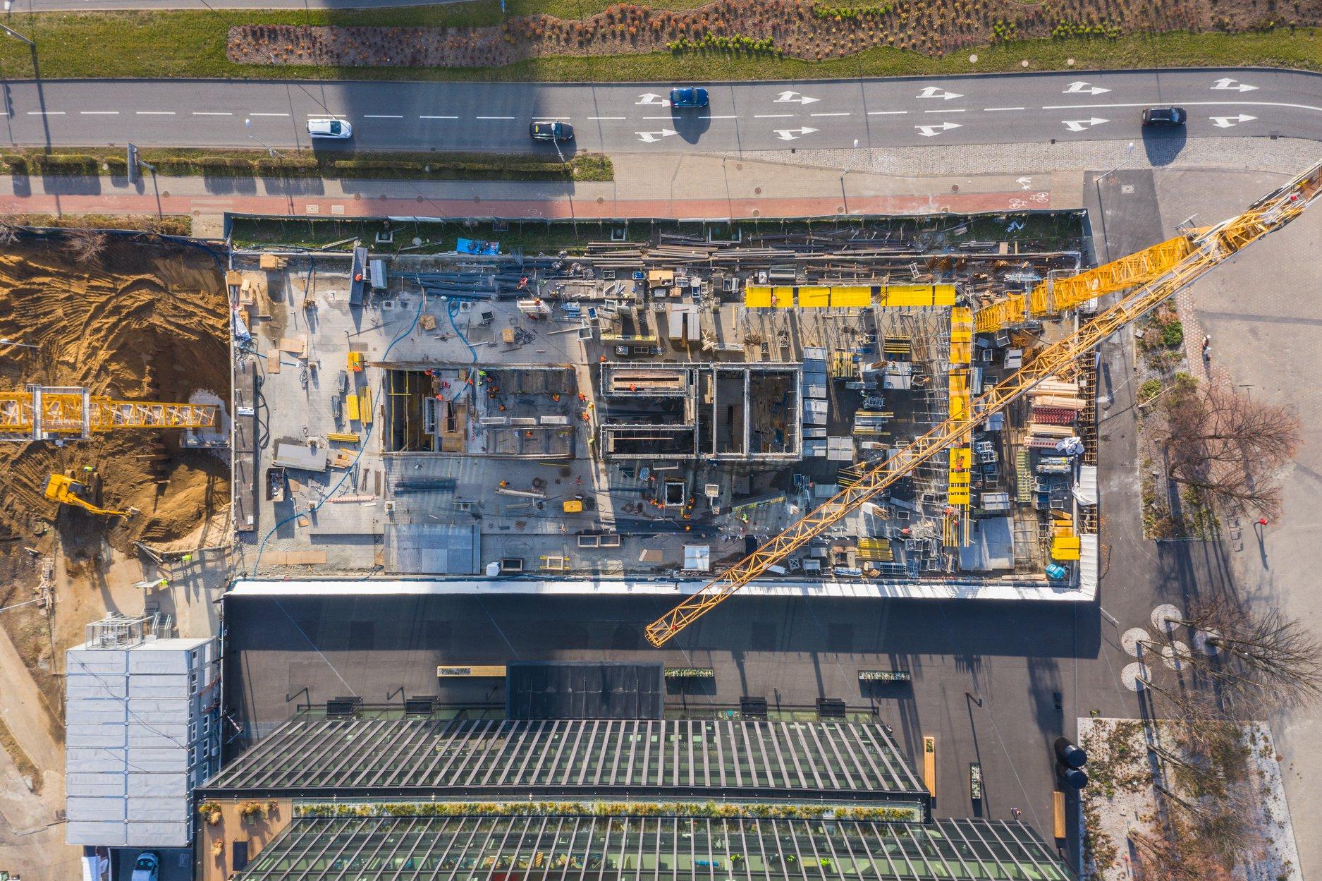 Budowa KTW II w Katowicach: pierwsze ściany już stoją [ZDJĘCIA] (fot. facebook.com/biurowce KTW)